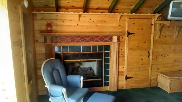 mares.loft.fireplace
